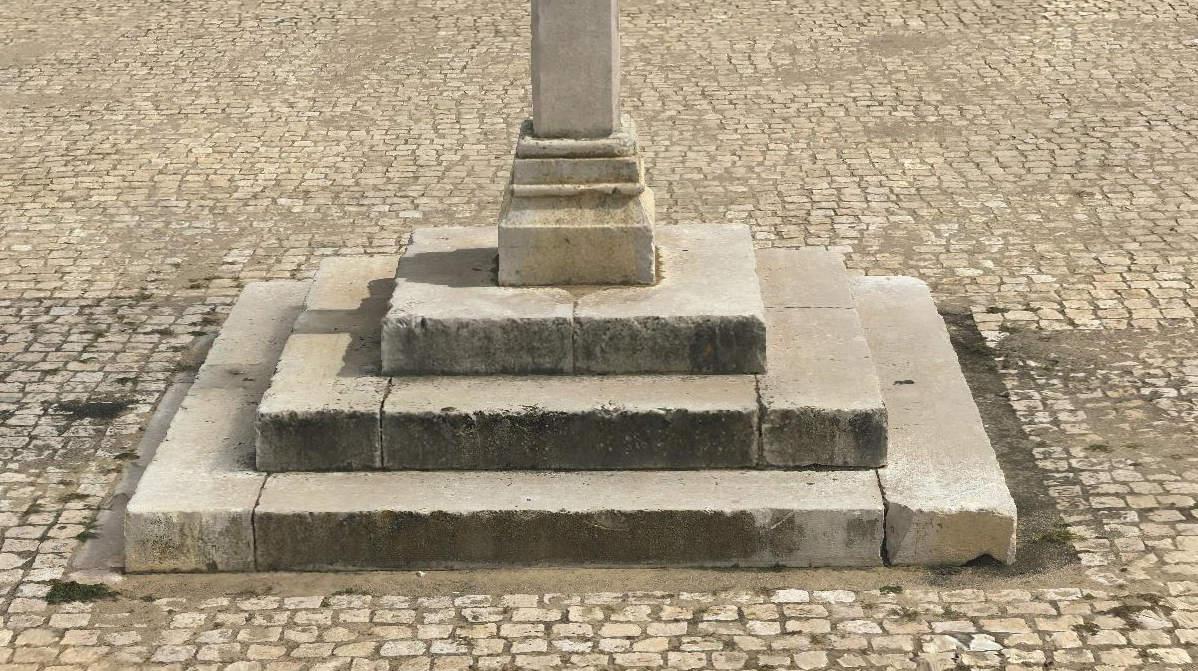 Base Pelourinho imagen simple